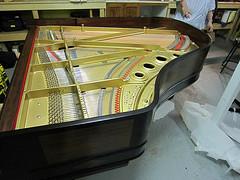 струн пианино